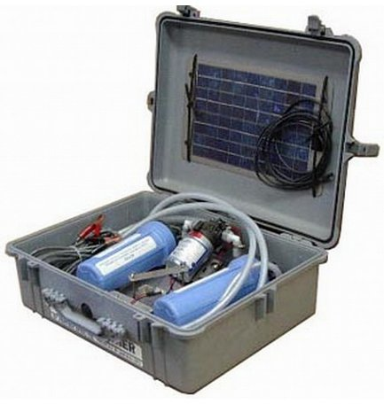 Partner Steel Aqua Partner Motorized Purification Unit in Pelican Case and Solar Panel