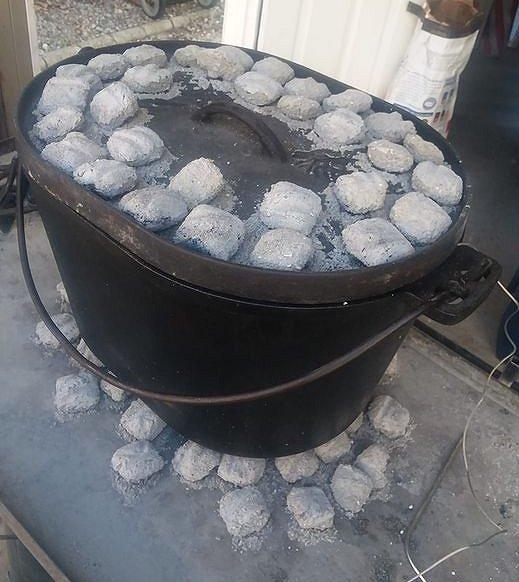 Maca 12x16x9 Cooking