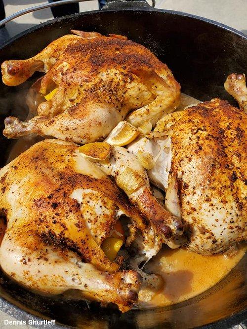 "Maca 15"" Dutch Oven and Chicken"