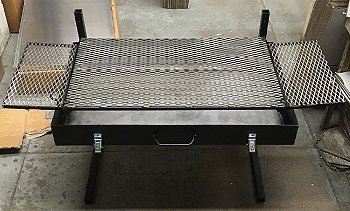 Partner Steel Large 30″ Fire Pan with Side Boards
